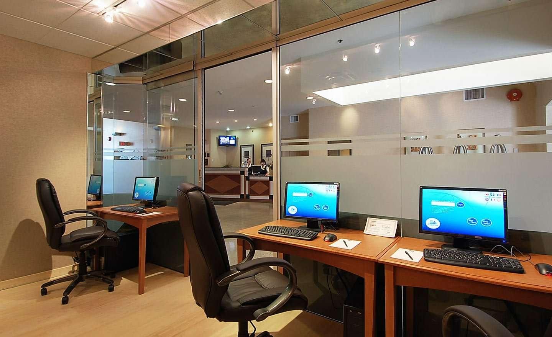 BW-Kelowna-Hotel-Business-Centre